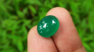 Jade is a wonderful balancing stone. It is considered to be a lucky stone that offers good health, wealth, and love . Jade can help you realize your full potential