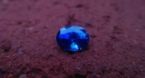 Ceylon Blue Sapphire Dimension : 7mm x 9.8mm x 5.5mm Weight : 3.10Cts Shape : Ovel Colour : Blue Clarity : Clean Treatment : Heated Mineral : Ratnapura Sri Lanka