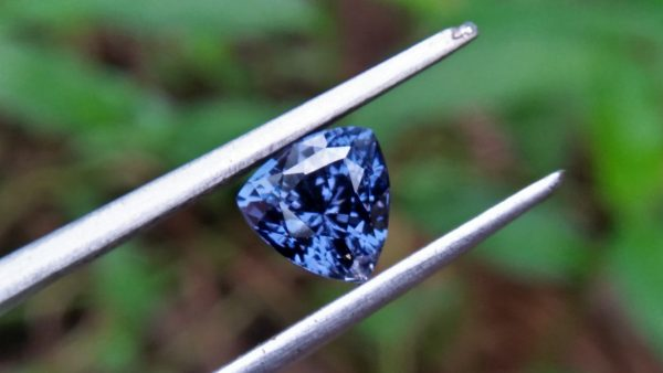 Natural Blue Spinel Shape : Trillion Clarity : Very Clean Treatment : Natural/Unheated Dimension : 6.5mm x 4.8mm Weight : 1.35Cts Colour : Blue