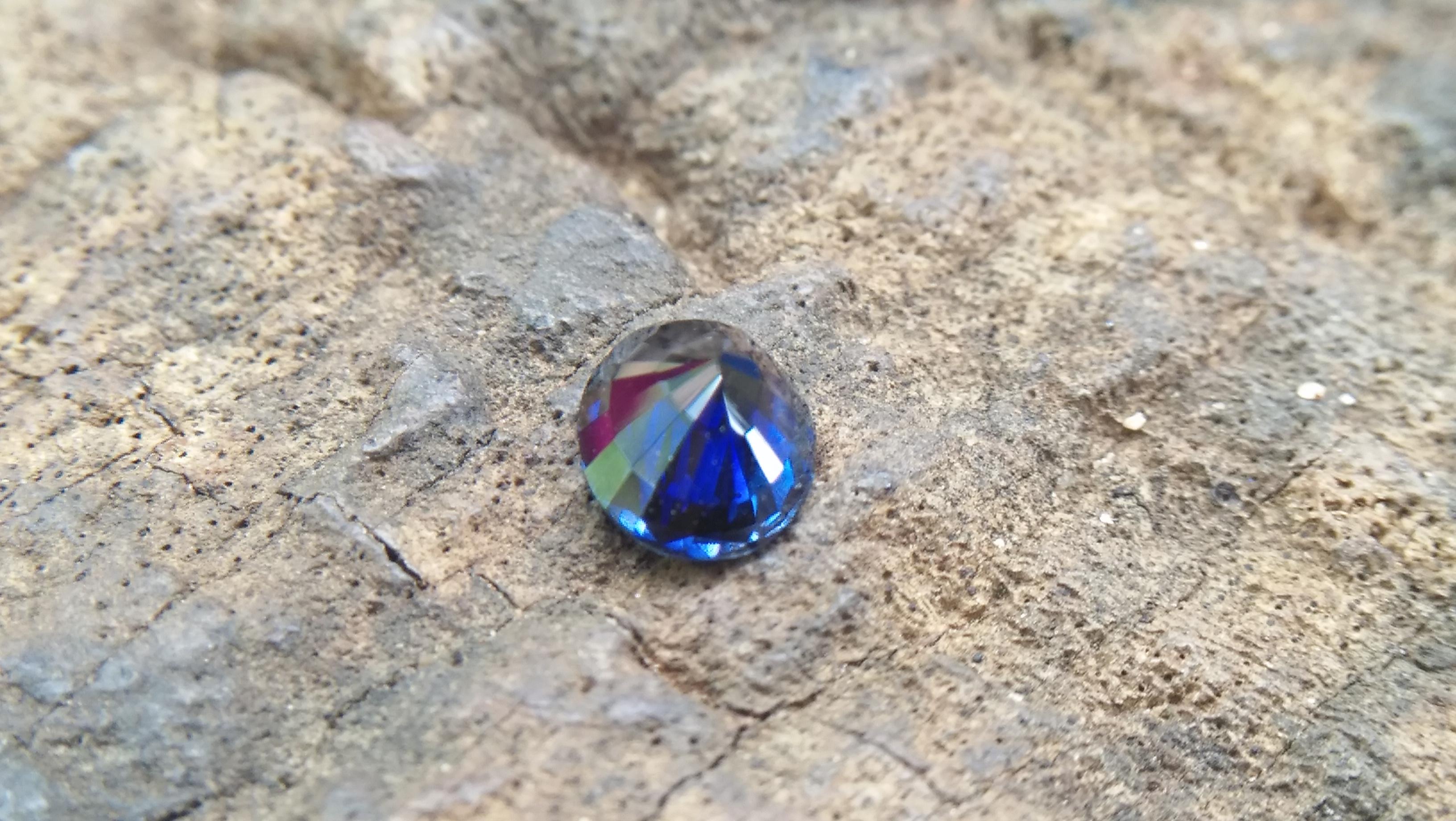 Natural Dark Blue Sapphire ( Kakanil ) කාකනිල් සෙනසුරු ග්රහයාට අයත් මැණික Stone of Saturn Shape : Ovel Clarity : Clean Treatment : Natural/Unheated Dimension : 5.9mm x 4.8mm x 3.3mm Weight : 0.79Cts Location : City of Gem Ratnapura Sri Lanka