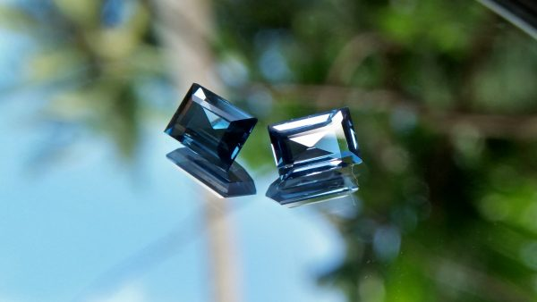 NATURAL Blue Spinels Shape : Octagon Clarity : VS Treatment : Natural/Unheated Dimension : 5.8mm x 4.1mm x 2.7mm 5.7mm x 3.9mm x 2.5mm Weight : 1.25Cts (both) Cut : Octagon Step Colour : BlueNATURAL Blue Spinels Shape : Octagon Clarity : VS Treatment : Natural/Unheated Dimension : 5.8mm x 4.1mm x 2.7mm 5.7mm x 3.9mm x 2.5mm Weight : 1.25Cts (both) Cut : Octagon Step Colour : Blue