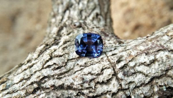 "NATURAL Blue Spinel Serial Number : RT 7143 Shape : Cution Clarity : Loop Clean Treatment : Natural/Unheated Weight : 0.90Cts Colour : Blue Dimension : 5.92mm x 5.12mm x 3.96mm ""National Gem And Jewellery Authority (NGJA) "" Certified"
