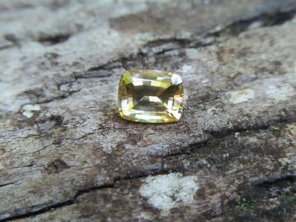 Colour : Yellow Shape : Cushion Weight : 3.23CTS Dimension : 8.5 x 6.8 x 5.1 mm Treatment : UNHeated Clarity : Clean • CSL - Colored Stone Laboratory Certified ( GIA Alumina Association Member ) • CSL Memo No : 07062E8FF92C