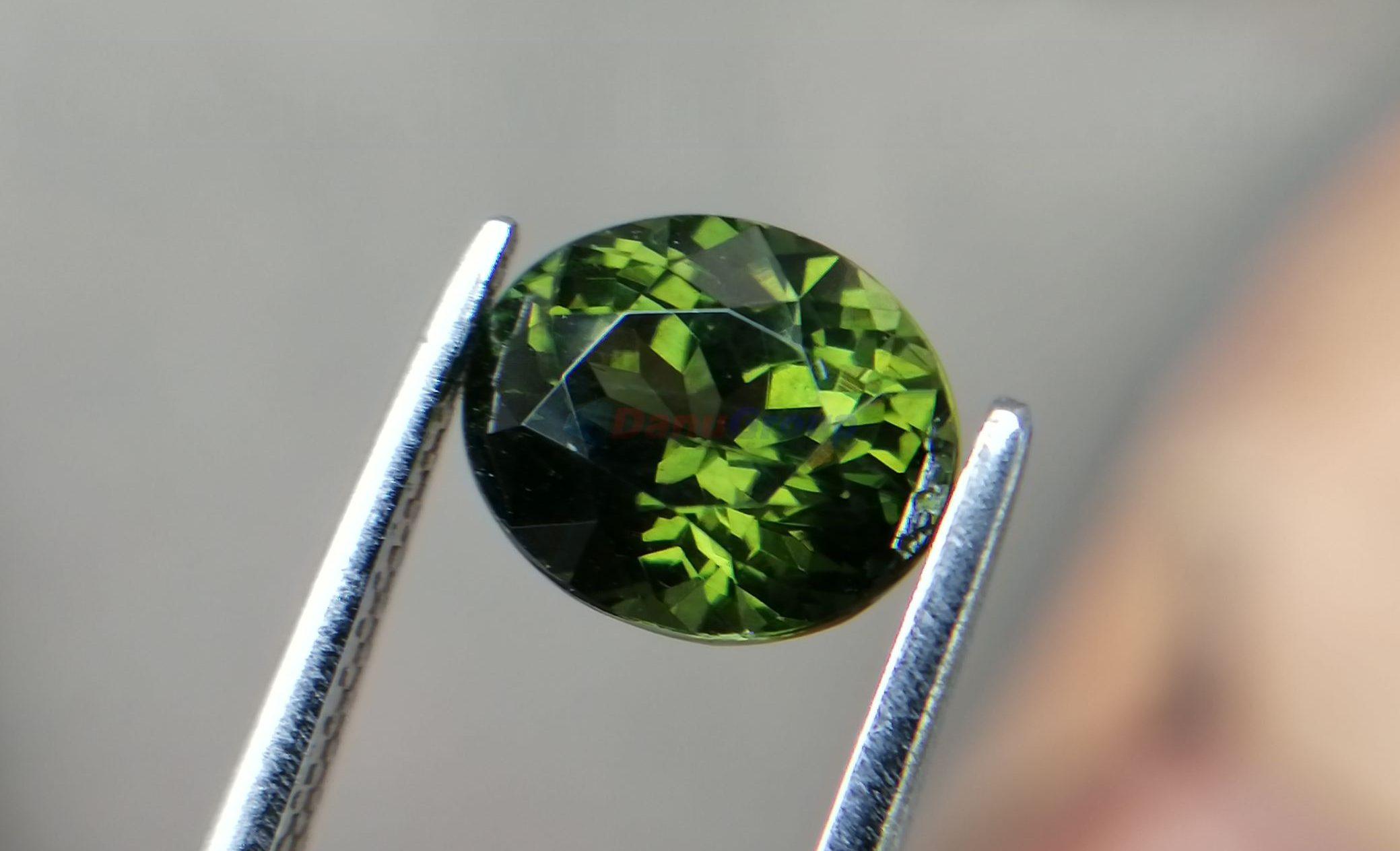 Natural Forest Green Zircon Sri Lanka – Beccarite Zircon