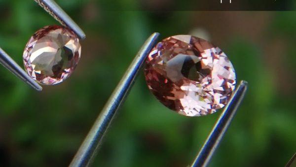 Natural Champagne Sapphire – Peach Sapphire