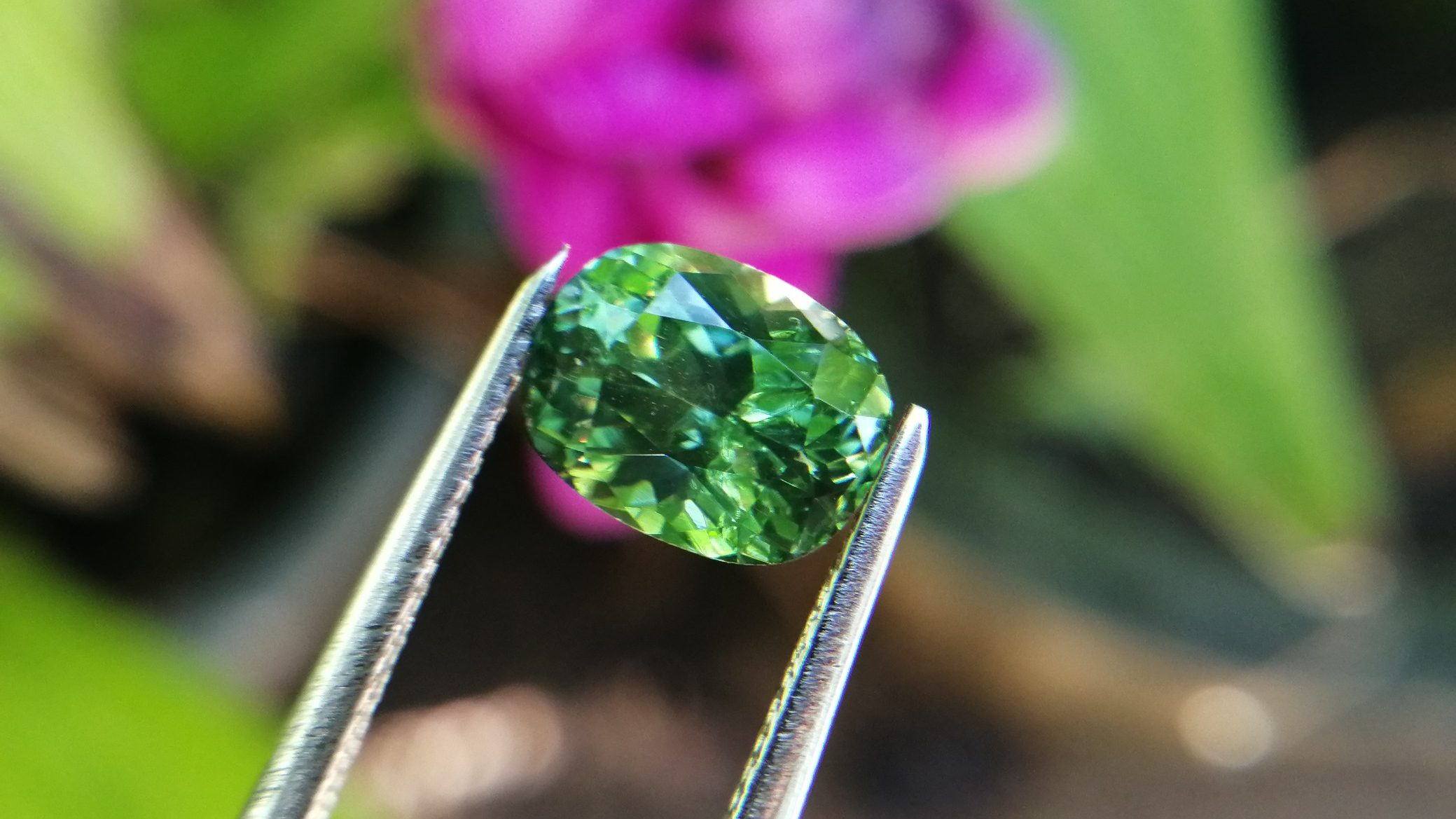 Natural Top Grade Green Zircon - Beccarite Zircon Danu Group Y