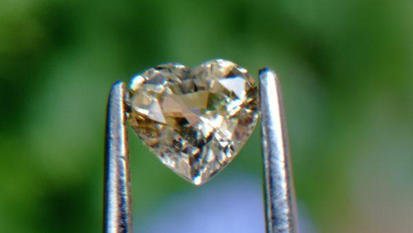 21_Natural light yellow Sapphire from Danu Group Gemstones