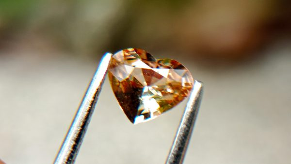 2_Natural peach colour Sapphire from Danu Group Gemstones