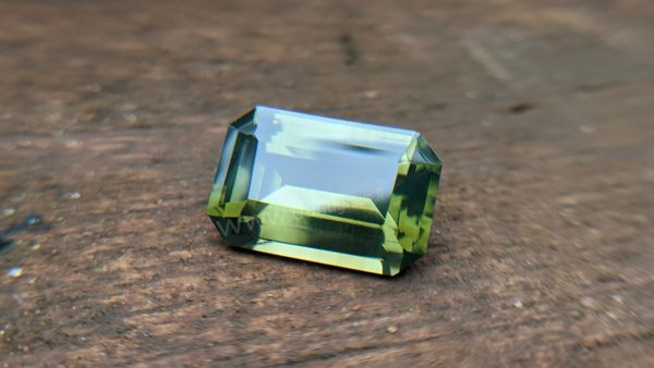 Ceylon Natural Green Zircon Gemstone - Danu group Gem collection
