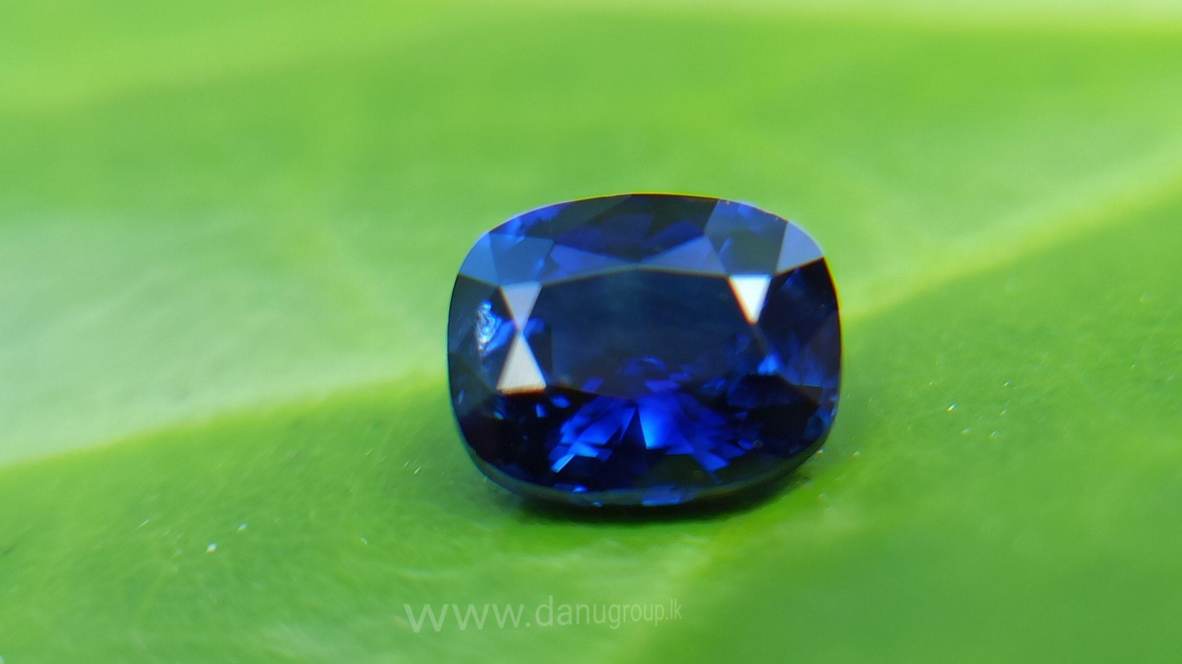Natural Vivid Royal Blue Sapphire Danu Group Royal Gemstones