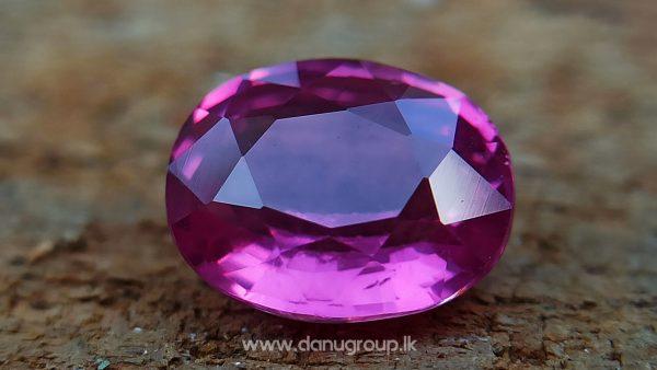 Hot Pink Sapphire Vibrant Pink Color Bubble Gum Pink Colour Sapphire Danu Group gemstones danugroup.lk